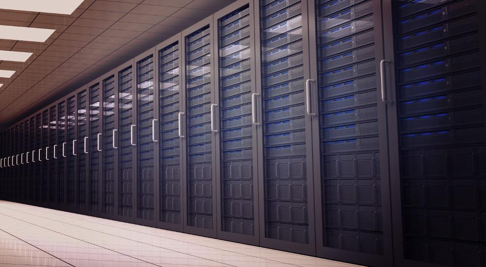 Locação de Nobreaks e seus benefícios: Datacenter.