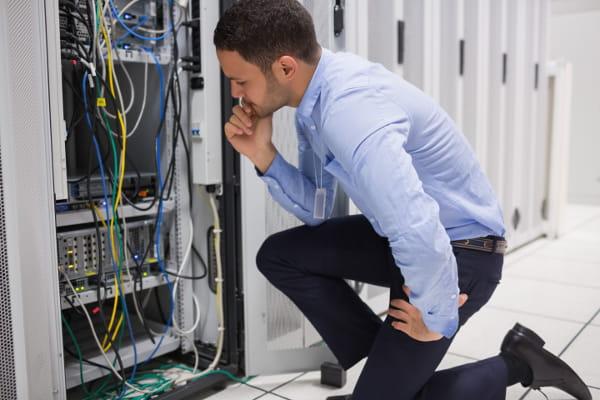 Principais causas de downtime em data centers